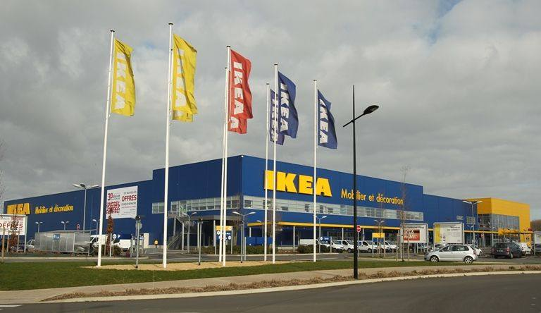 ikea avignon centre commercial le pontet l enseigne a t elle espionn. Black Bedroom Furniture Sets. Home Design Ideas